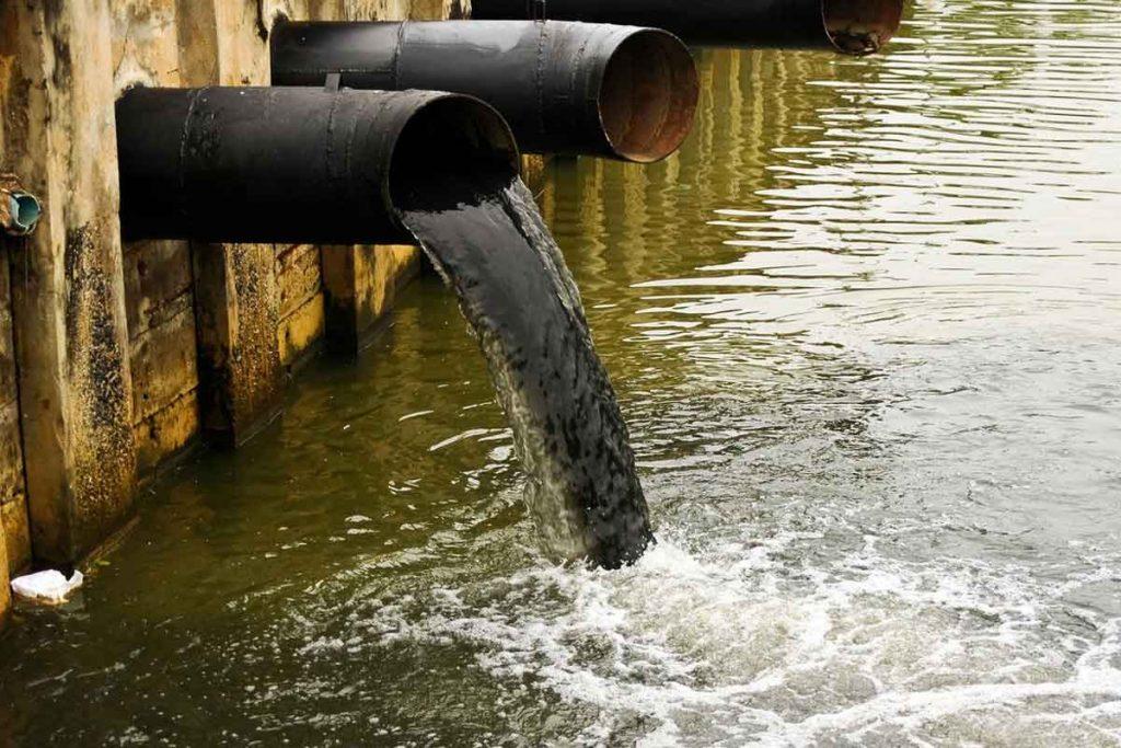 کمبود آب و آلودگی آب